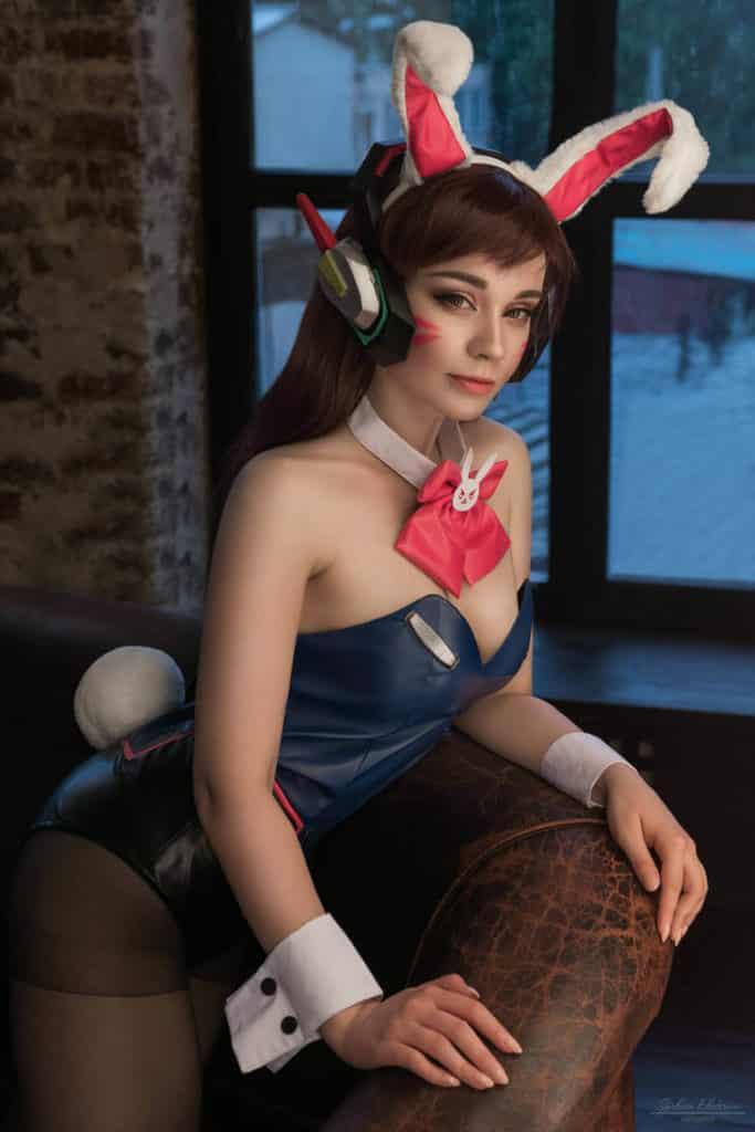 Cosplay sexy ecchi hentai d'overwatch DVA